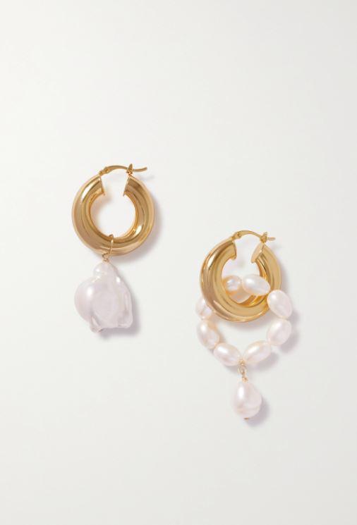 Mismatched øredobber i gull med perler