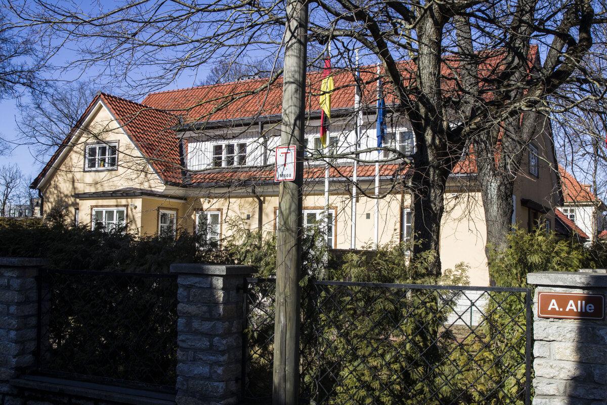 I GODT SELSKAP: Salström-Leyhs selskap Tuletorn Projekt eier også denne boligen i Tallins ambassadestrøk. Den var frem til mars 2016 belånt til 11,8 millioner kroner.