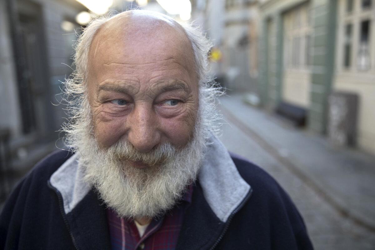 Fridtjof Nilsen (68) fikk 10 000 kr i bot etter å ha blitt tatt med et gram hasj i lomma.