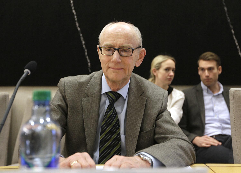 JUSSEKSPERT: Jan Fridthjof Bernt mener arbeidsgiverne bør forby bierverv. Foto: Vidar Ruud / NTB scanpix
