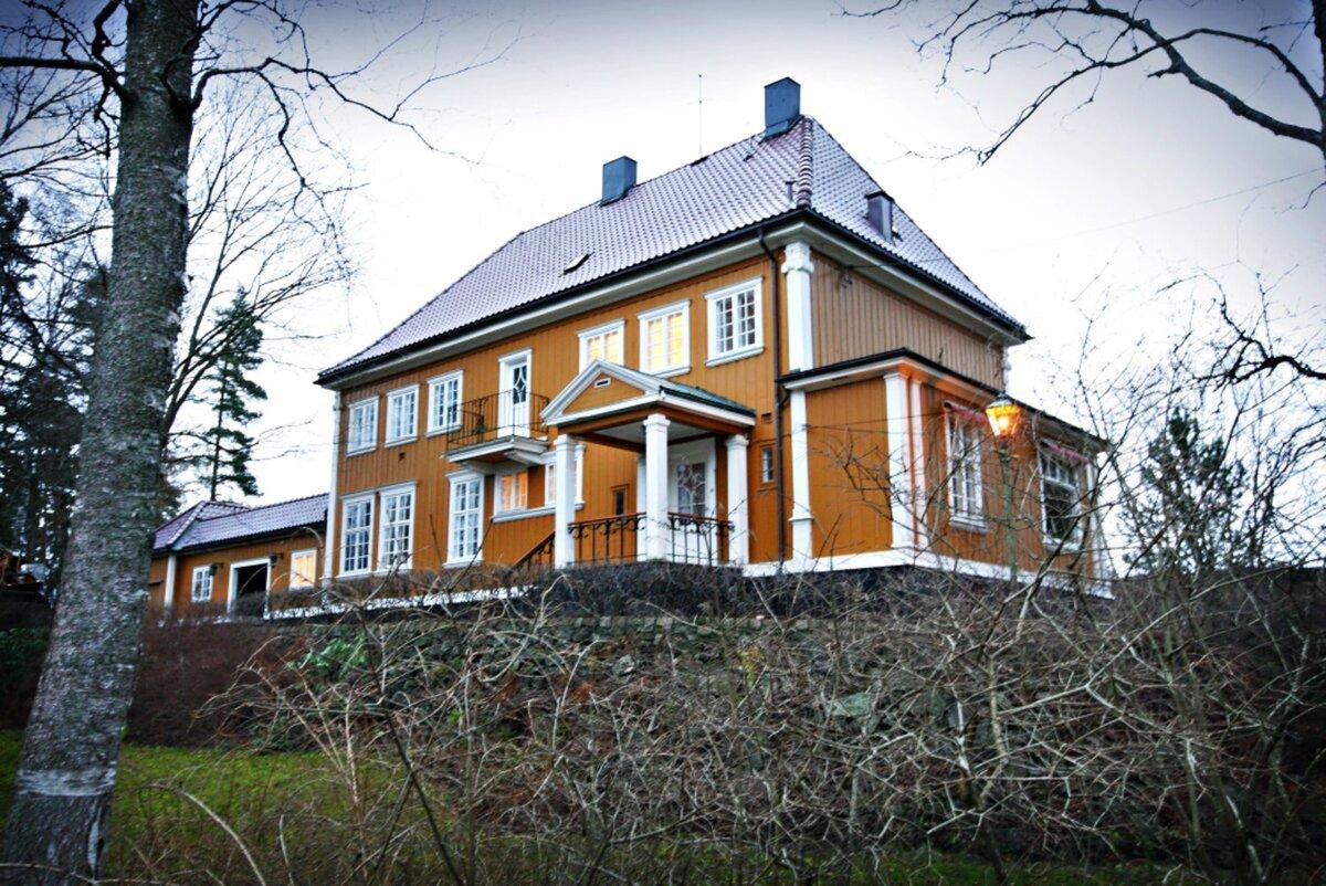 SLEMDAL: Harald Høeghs enebolig på Slemdal i Oslo ble solgt for 45 millioner kroner.