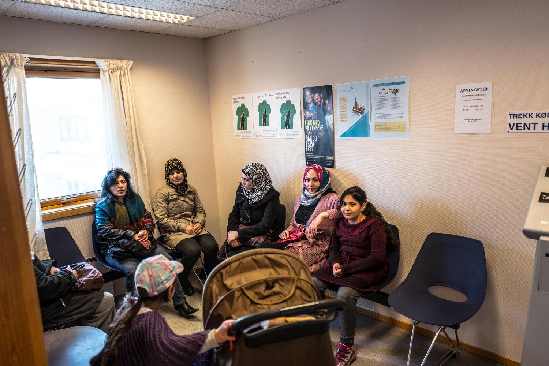 VENTEROM: I Kristiansund bor det 15 syriske familier som venter på svar på asylsøknaden. I forrige uke ble tre av dem intervjuet.