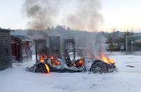 Tesla-brannen: Kortslutning i bilen, men vet ikke hvorfor