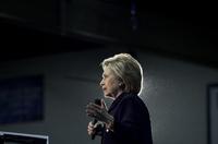 Assange varsler Clinton-avsløringer før valget