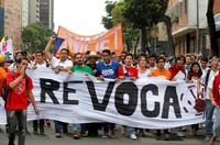 Hundretusener krever at Venezuelas president går av