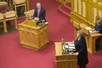 Erna fikk ulvetyn i Stortinget
