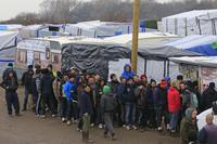 FN: Enslige barn utnyttes i flyktningslummen i Frankrike