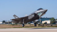 Forsvaret avviser at Danmark får kjøpe kampfly billigere