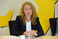 Ap ut mot arbeidsministeren: – Hun opptrer som en trøstende mor