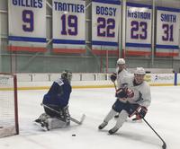 TV 2-ekspertens sønn trener med NHL-klubb