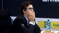 Carlsen kan miste førsteplassen på verdensrankingen i dag