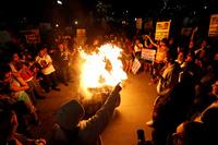 Store demonstrasjoner mot Trump i flere amerikanske byer