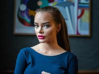 Sophie Elises musikkvideo får rasistiske hatkommentarer: Stenger kommentarfeltet