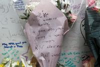 London-brannen: Her tar brannmannen et hjerteskjærende farvel