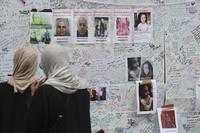 Leter etter familien etter London-brannen: – Vi får ingen hjelp av politiet