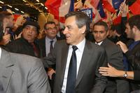 Politiet ransaker presidentkandidat Fillons hjem i Paris