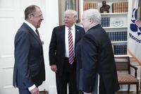 Trump på Twitter: Derfor delte han informasjon med Russland