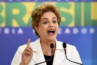 Brasils president mener hun er utsatt for et kuppforsøk