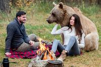 Avis: Tok med grizzlybjørn på date med kjæresten