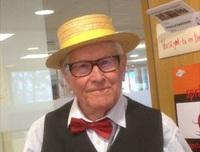 Helge (84) etterlyste venner på Facebook – kulturministeren meldte seg
