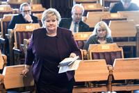 Solberg avviser å ha lekket hemmeligheter