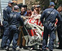 Australia stenger omstridt asylleir
