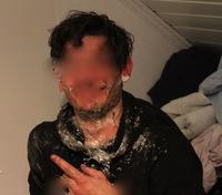 Russ dynket i giftig stoff: – Jeg visste ikke at de brukte byggskum