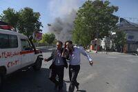 Kraftig eksplosjon i Kabul: Minst 90 drept og 400 såret