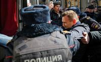 Store demonstrasjoner i Moskva: Putin-utfordrer pågrepet