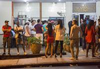 Spretter champagnen i Miami etter Fidel Castros død