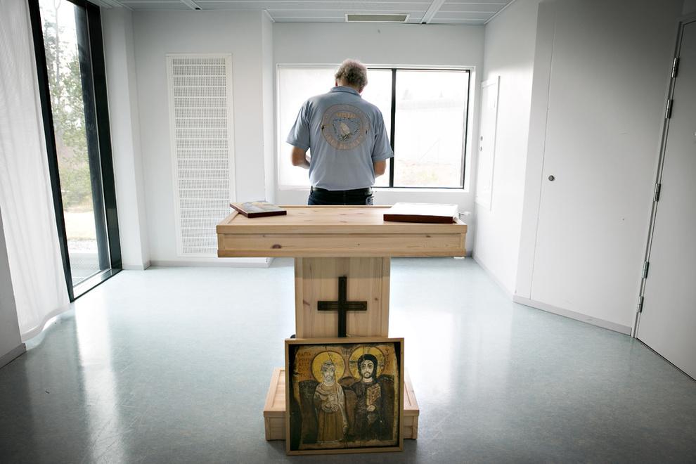 Her går noen av Norges verste kriminelle i kloster ...