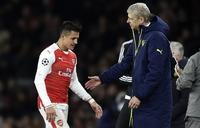 Wenger åpner for å slippe Sánchez gratis i 2018