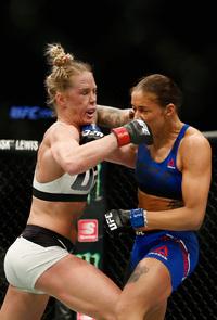 MMA-ekspert om tittelkampen: – Irriterende at juks lønner seg