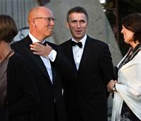 Stoltenberg tar et oppgjør med homoryktene i ny bok: Ble belastende for familien