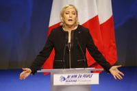 Le Pen hevder Frankrike er truet av globalisering og islam