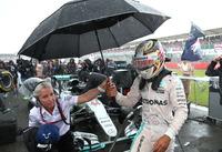 Rosberg fikk tidsstraff: nå puster Hamilton tyskeren i nakken om VM