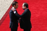 Macron er tatt i ed som Frankrikes yngste president noensinne