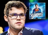 «Supermann» Magnus Carlsen irritert over intervjuer: – Hva vil du jeg skal gjøre?