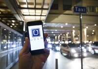 Politiet har slått til mot minst 70 Uber-sjåfører