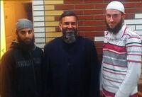 Hussain distanserer seg fra terrordømt hatpredikant
