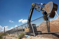 Sheriff vil at innsatte skal bygge Trumps mur